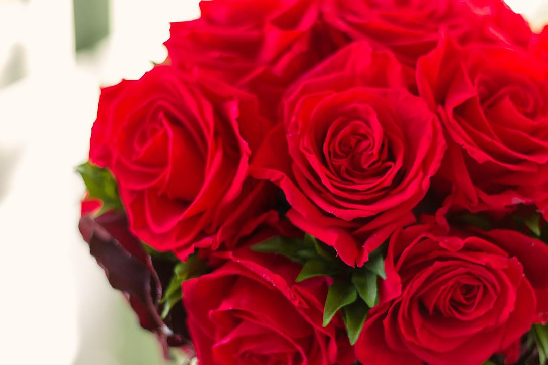 還暦のお祝いに60本のバラを贈ろう!